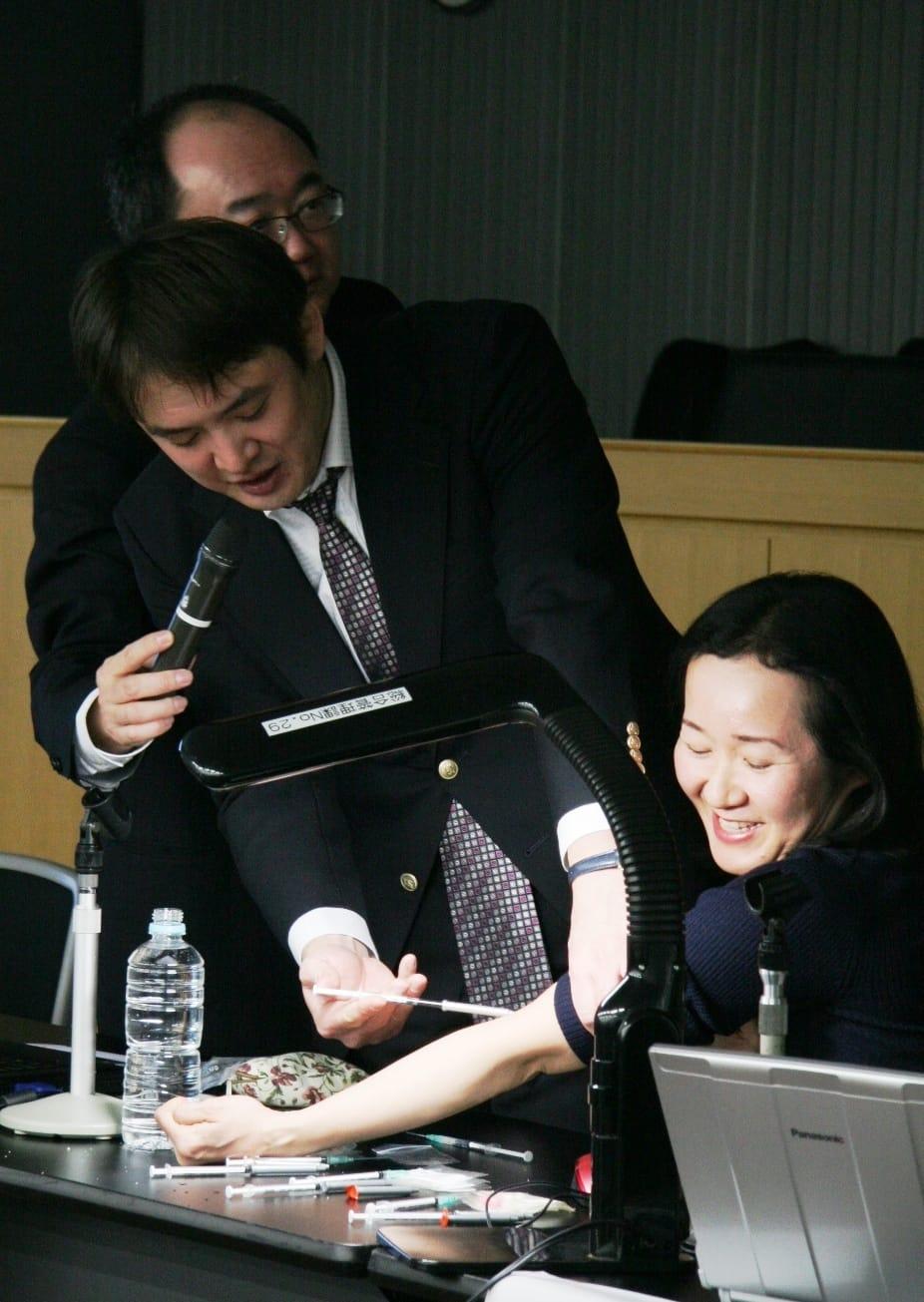 平成25年1月22日、大阪弁護士会での三者の連携に関する研修会の模様